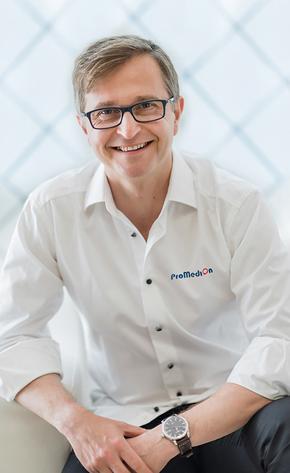 Dr Marcin Wiśniewski chirurg szczękowy